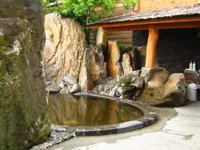 天然温泉庭園の湯アピス(熊本県)