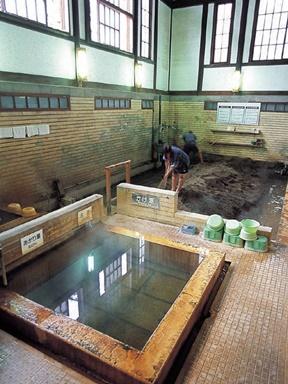 竹瓦温泉(大分県)