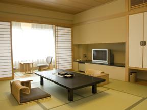 森秋旅館 ゆったりくつろげる独立した和室と開放感ある露天風呂付客室