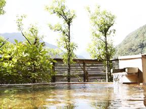 ホテル河鹿荘 展望露天風呂「つきみの湯」
