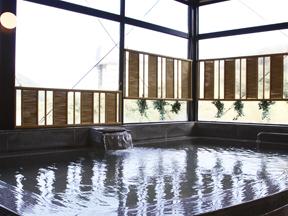 箱根水明荘別館ポサーダ ホテル最上階にある展望大浴場