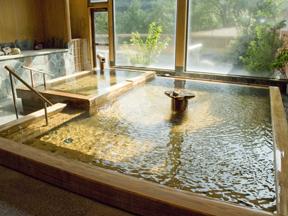 飲泉、自家源泉かけ流しの秘湯観音温泉