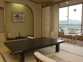 鳴子ホテル やわらかな照明が落ち着いた雰囲気のスタンダード客室