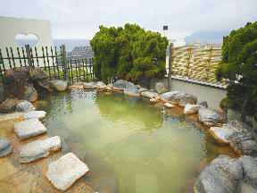 函館湯の川温泉 湯元 啄木亭 空中露天風呂「いさりび」女性用露天風呂