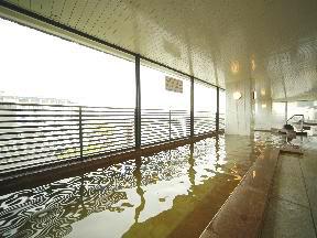 函館湯の川温泉 湯元 啄木亭 空中露天風呂「雲海」男性用大浴場