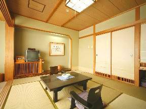 函館湯の川温泉 湯元 啄木亭 畳の香りもかぐわしい落ち着いた色調の純和風客室