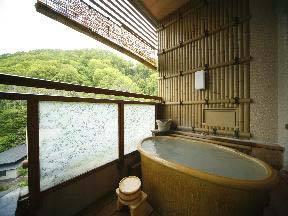 旅亭花ゆら 客室の露天風呂