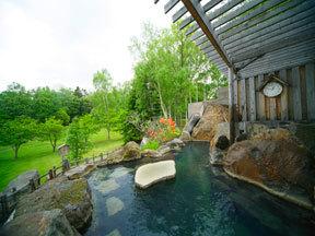 ホテル阿寒湖荘 庭園露天風呂「鹿鳴の湯」(女性「月の湯」)