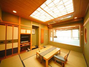 北こぶし知床 HOTEL&RESORT 直径180cmもある大きな陶器製の露天風呂付き客室