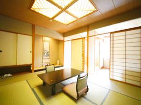 源泉湯の宿 紫翠亭 ゆったりとした二間続きの一般客室