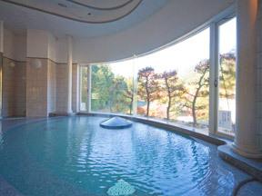 四万グランドホテル ご婦人展望大浴場「メルヘンの湯」