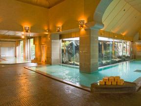 白玉の湯泉慶 庭園大浴場「月鏡」