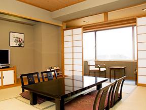 甲府富士屋ホテル ゆっくり快適に過ごせる、落ち着いた雰囲気のスタンダードタイプの和室