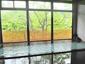 大湯ホテル 広々とした大浴場