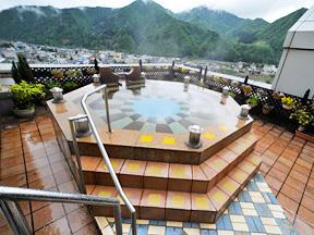 ホテルスポーリア湯沢 展望露天風呂