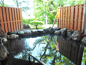 観月苑 庭園露天風呂