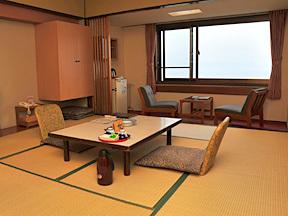 洞爺観光ホテル 洞爺湖、中島、羊蹄山も一望できる和室