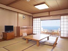 犬吠埼温泉ぎょうけい館 ゆったりした室内は大人の休日に最適