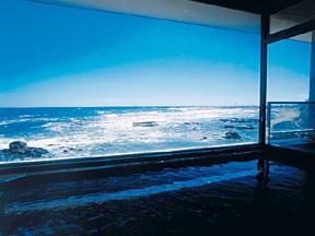犬吠埼温泉ぎょうけい館 オーシャンビューの部屋と浴場 太平洋の美景美食が満喫できる名宿
