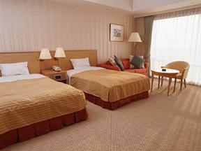小名浜オーシャンホテル&ゴルフクラブ ゆったりした部屋にはくつろぎの時間が