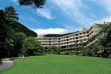 箱根ホテル小涌園 温泉施設「ユネッサン」に隣接している老舗のリゾートホテル。都心からも近く温泉とリゾート両方の雰囲気を楽しめる。