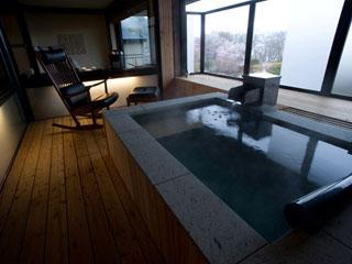 しこつ湖鶴雅リゾートスパ 水の謌 客室露天風呂