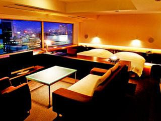 センチュリーロイヤルホテル 客室最上階エクスクルーシヴフロア・BLANC。別格の優雅な時間を…。