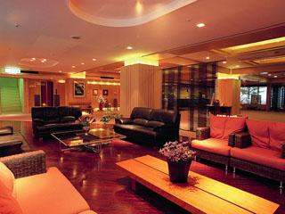 ニセコ昆布温泉ホテル甘露の森 毎晩ロビーではさまざまな生演奏をご提供♪