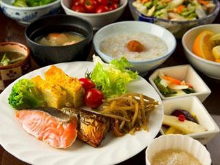 ホテル法華クラブ札幌 道産食材を使った豊富なメニューを和洋のバイキングスタイルでご用意しております