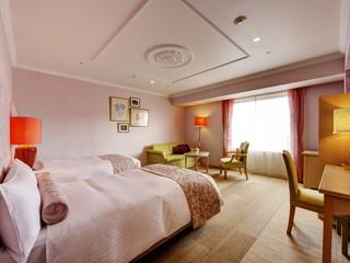 星野リゾート 旭川グランドホテル イングリッシュガーデンを想わせるガーデンルーム