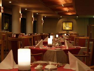 新富良野プリンスホテル 北海道の旬の食材を生かした西洋料理をお楽しみ頂けます