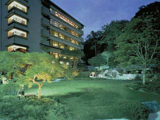 第一滝本館 日本の湯どころ登別広さ1500坪の大浴場は地獄谷のすぐ隣り。