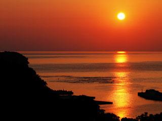 知床プリンスホテル風なみ季(4/1より:キキ知床 NATURAL RESORT) オホーツクに沈む絶景の夕日をお楽しみください