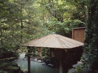 登別温泉郷滝乃家 こんこんと大地から湧き出るぬくもりに、疲れも心もほどけてゆきます