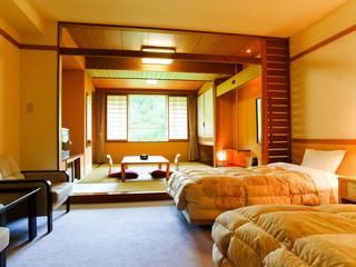 きたゆざわ 森のソラニワ(旧:湯元第二名水亭) ゆとりを大切にした客室で、心から和み、お寛ぎの一時をご堪能ください