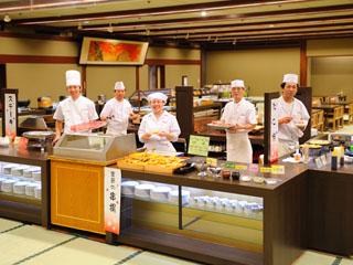 花巻温泉 ホテル紅葉館 和食・洋食・中華料理まで一度に楽しめるバイキングは幅広い層に支持されています