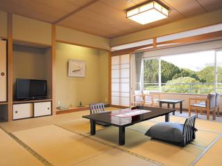 ホテルきよ水 全てのお部屋は名取川に面し、四季をお楽しみいただけます