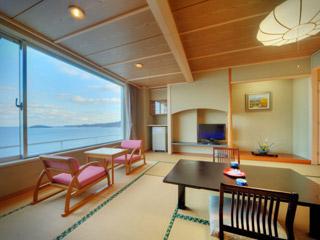 南三陸ホテル観洋 オーシャンビューの和室。お部屋から日出もご覧頂けます