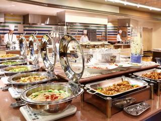 ホテルハワイアンズ 夕食バイキングレストラン「クイーン」