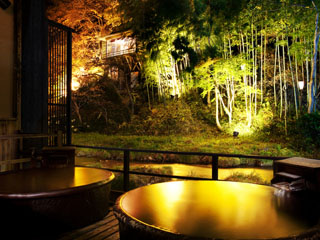 絶景露天風呂と貸切風呂が自慢の宿 東山温泉 庄助の宿 瀧の湯 貸切風呂