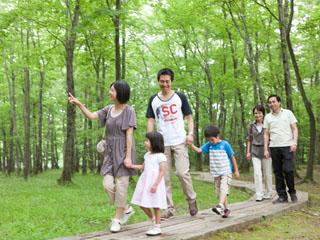 ホテルエピナール那須 自然林を残す5万坪の敷地にはツリートレッキングなどアクティビティが満載