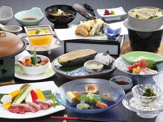 りんどう湖ロイヤルホテル 日本料理ご夕食会席メニューイメージ