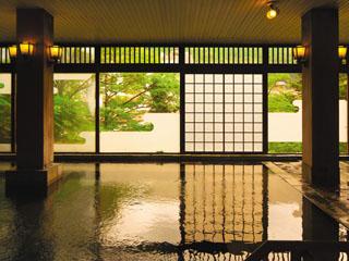 鬼怒川パークホテルズ 写真は大江戸浮世風呂。その他、趣きの異なるお風呂を時間交代制でお楽しみ頂けます