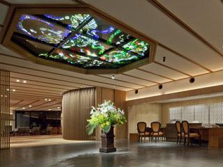 鬼怒川金谷ホテル 一歩足を踏み入れると非日常の上質な空間が広がっている