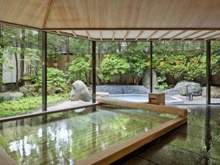 鬼怒川金谷ホテル 樹齢二千年の総檜造りの温泉大浴場「古代檜の湯」