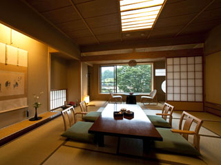 お宿玉樹 日本の三大名段「伊香保石段街」を望むことのできる南館客室