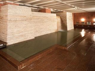 ホテル一井 希少な「白旗源泉」を引湯する大浴場