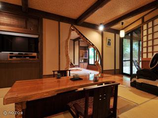蛍雪の宿 尚文 露天風呂付き客室にはマッサージチェアもあり、くつろげます。