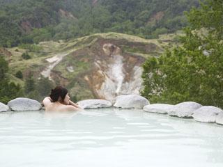 万座プリンスホテル 絶景露天風呂「こまくさの湯」