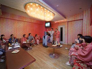 勝浦ホテル三日月 館内施設も充実 カラオケルーム